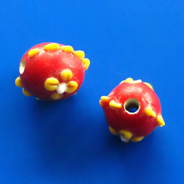 Bead, lampworked glass, red, 15mm bumpy round. Pkg of 4.